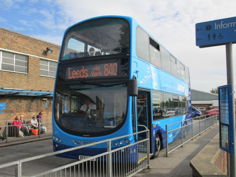 Coastliner bus service 840 843 845 X43 X45 Leeds Scarborough ...