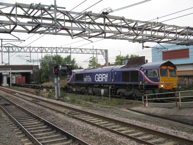 train times nuneaton london euston