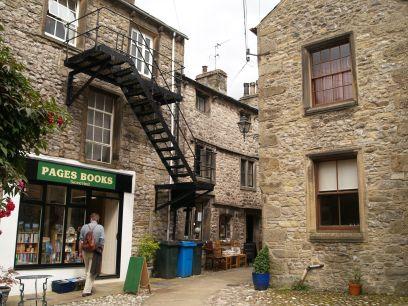 Settle Town Hall Shambles The Folly Church Of The Holy