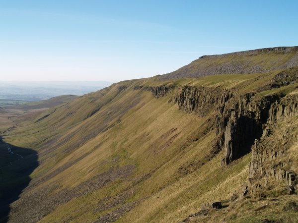 Cumbria Dufton Village Amp Pike And High Cup Nick Walk Bow