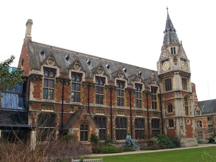 6 Pembroke College Cambridge University England