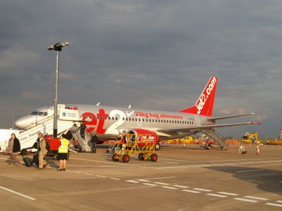 flights to alicante leeds bradford