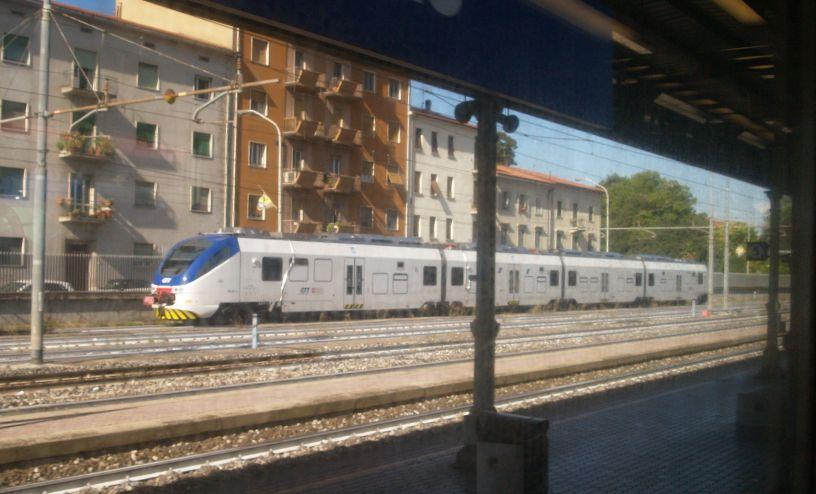 arezzo chiusi italy train - photo#10