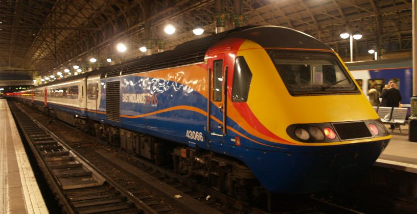 Piccadilly Staion Manchester Virgin Trains Northern Rail