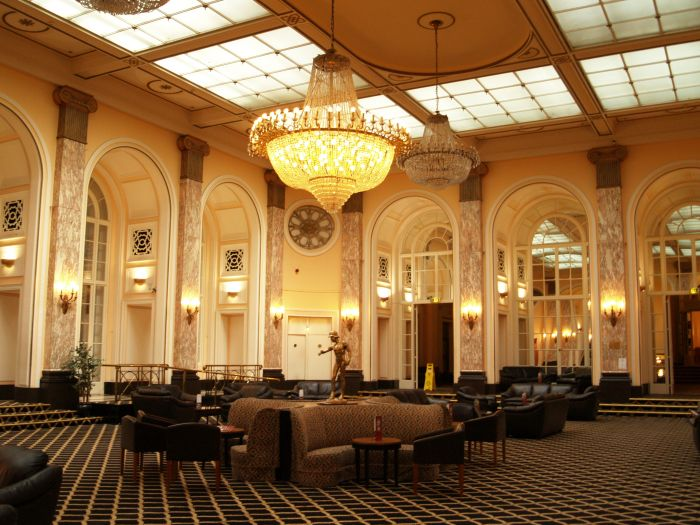 Liverpool Lime Street Lewis S Store Adelphi Hotel Mount