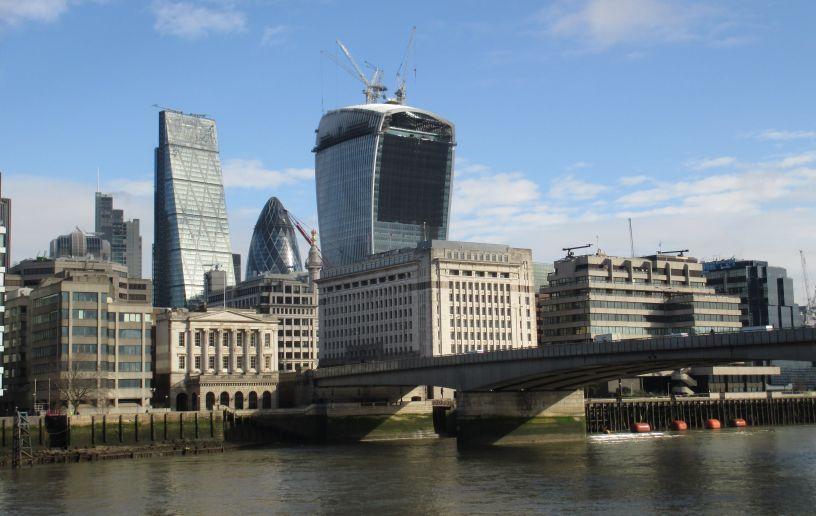 Image Gallery London Bridge Thames Bank