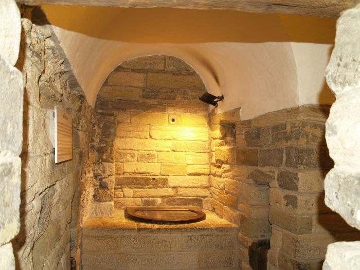 Newcastle Castle Keep Chapel Black Gate history architecture tourist ...
