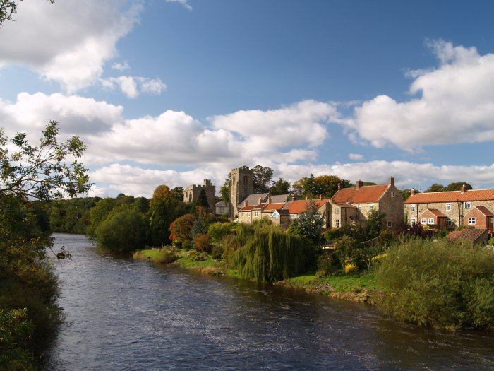 87 The Lovel Setting On The River Ure Of The Village Of