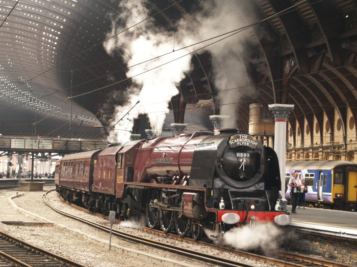107 6233 Duchess Of Sutherland In York Station With The