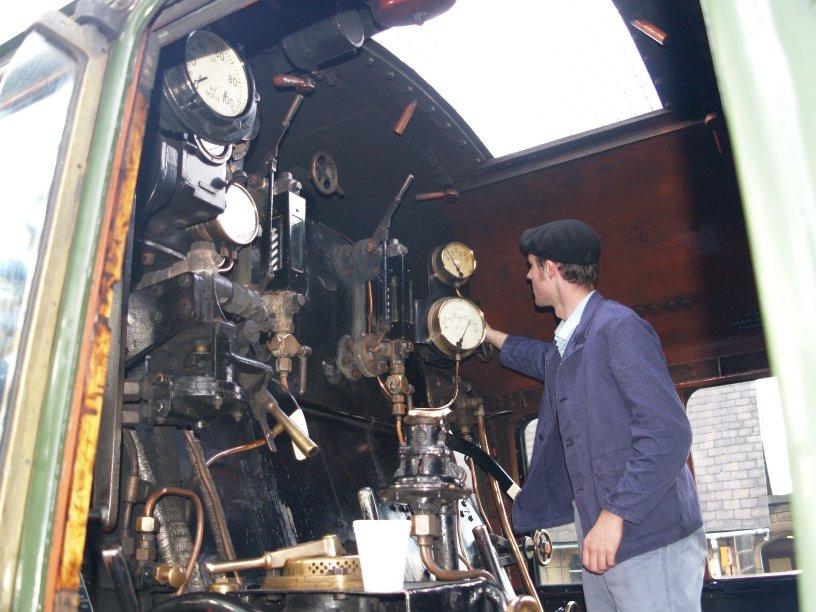 Pa on Steam Locomotive Valve Gear