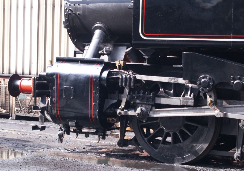British Railways Steam Locomotive 1501 Hawksworth Gwr