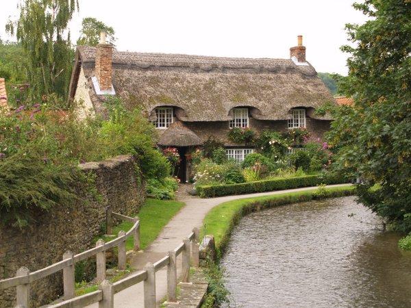7. Thornton-le-Dale Village (Thornton Dale), pretty ...
