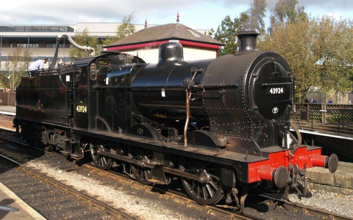 BR 43924 Steam Locomotive LMS 3924 Class 4F 0-6-0 Big Goods freight engine  KWVR trains images photos pictures photographs